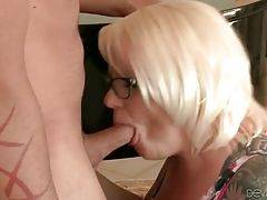 Guy Cheats On His Wife With Her Mom 1