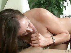 Pretty Milf And Cute Guy Exchange Oral 1